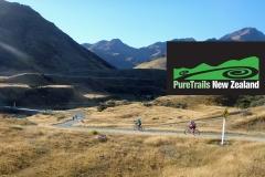 Pure-Trails-cyclists